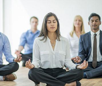 Meditation am Morgen vertreibt Kummer und Sorgen