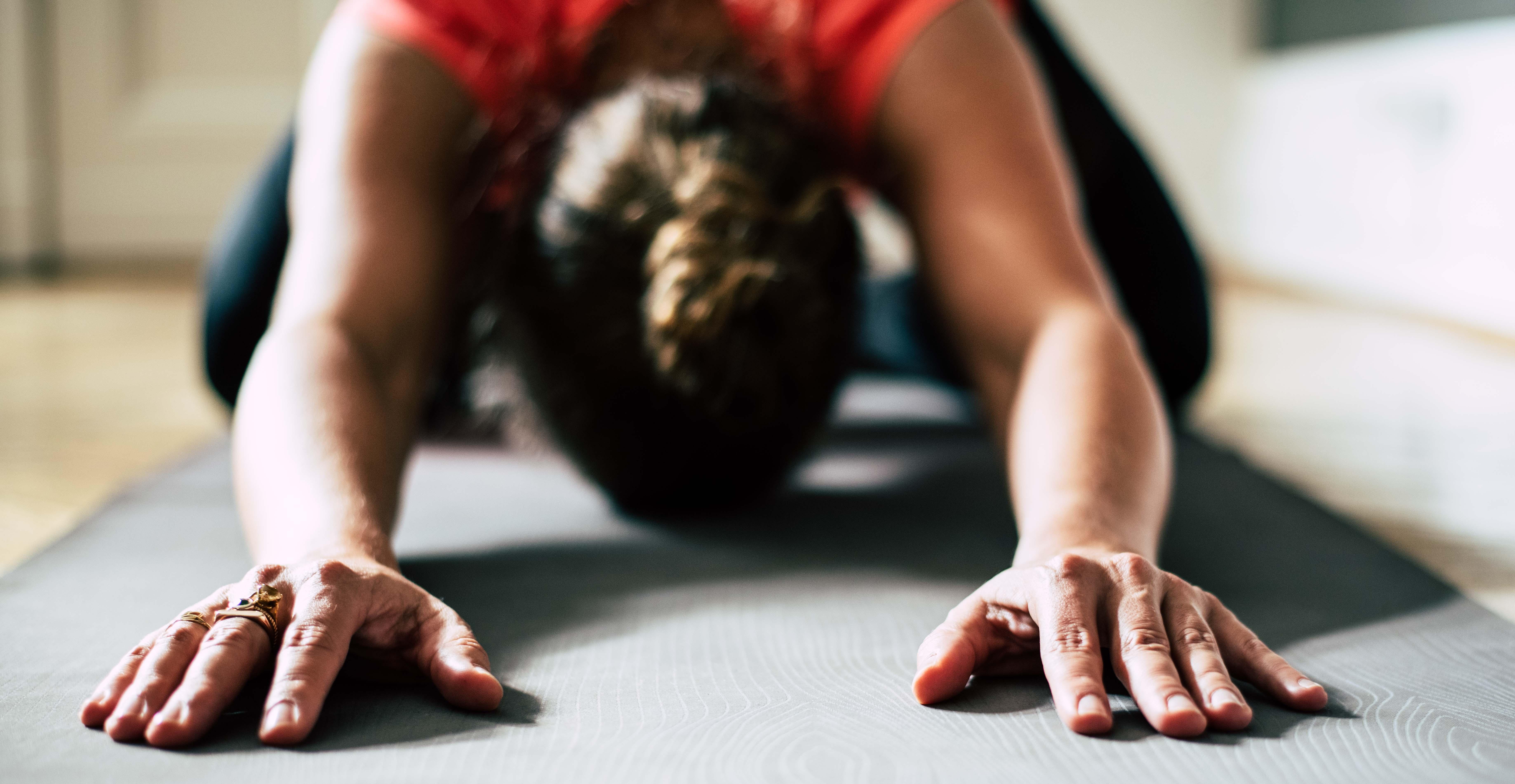 Online Yin Yoga Weihnachtsspecial bei SOCASPORTS